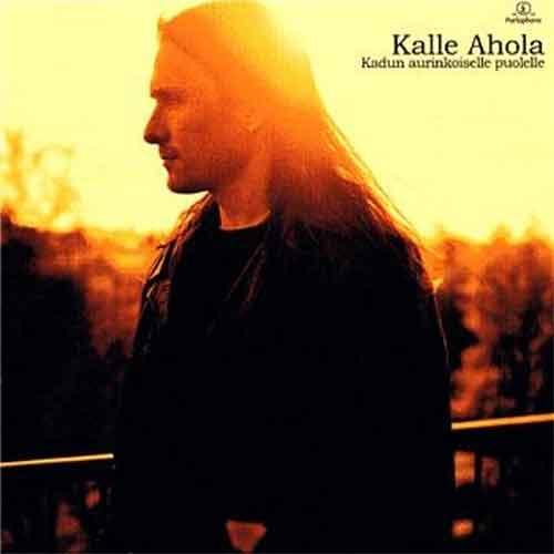 Kalle-Ahola-Kadun-aurinkoisella-puolella